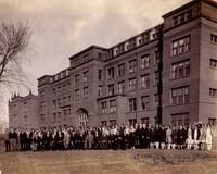 Portrait of students, faculty, and board of regents at Bethany Lutheran High School in 1928